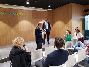 Encuentro con emprendedores en CorreosLabs